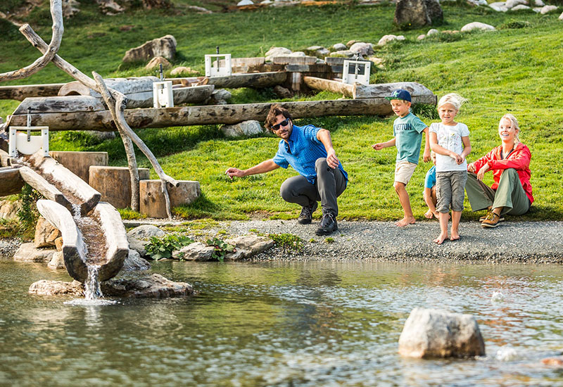 Der Filzalmsee auf Hochbrixen ein Paradies für Kinder